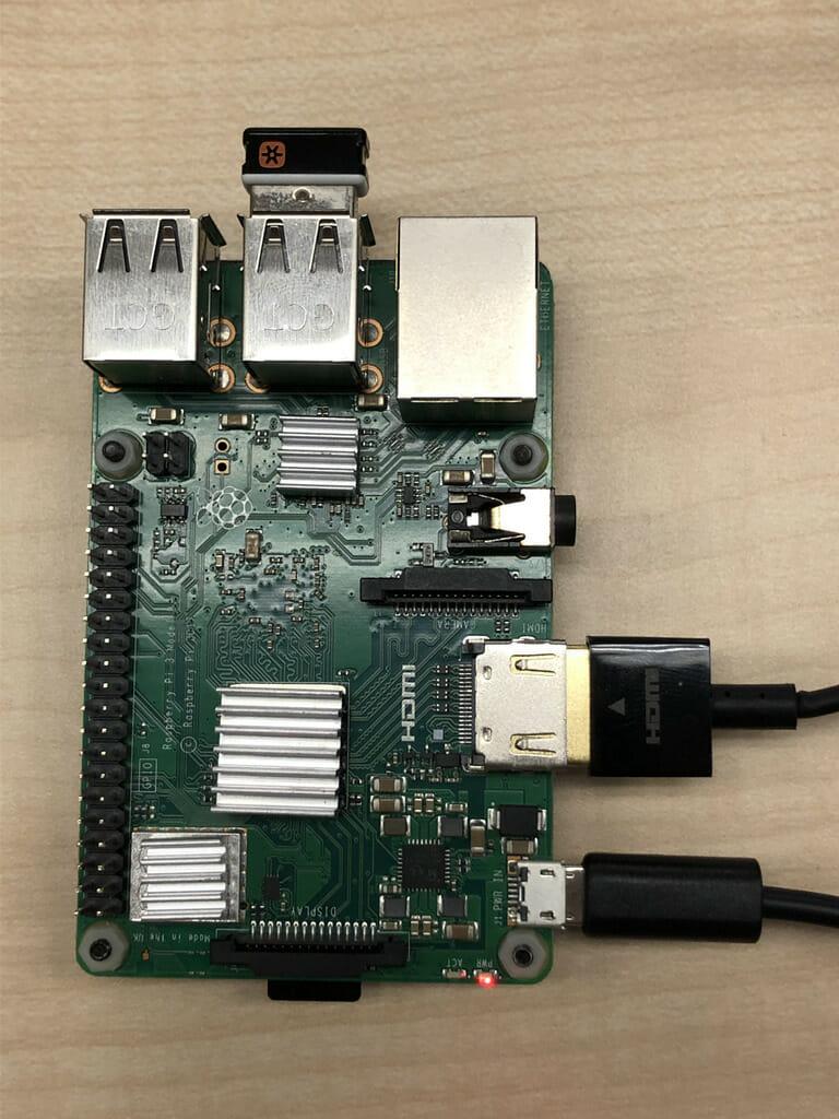 Raspberry Pi ケーブル接続